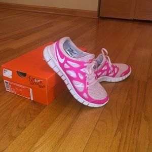 Nike Shoes - Nike gym shoes size 8.5